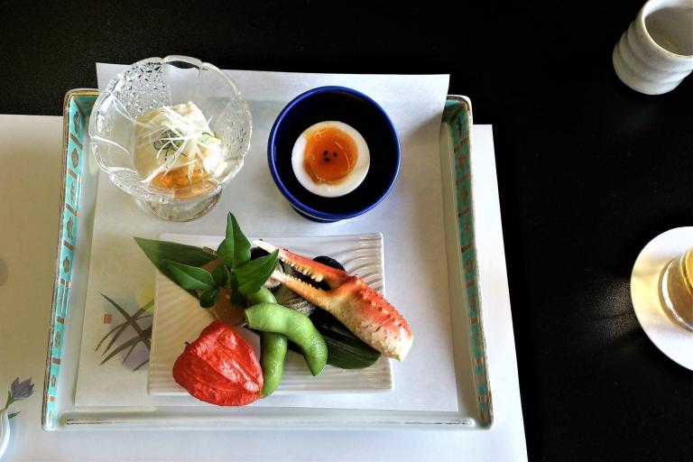 """【Đồ tiện ích DAISO】 Lòng hiếu khách trong những chiếc """"dĩa đá lạnh"""" ở nhà hàng Nhật Bản"""