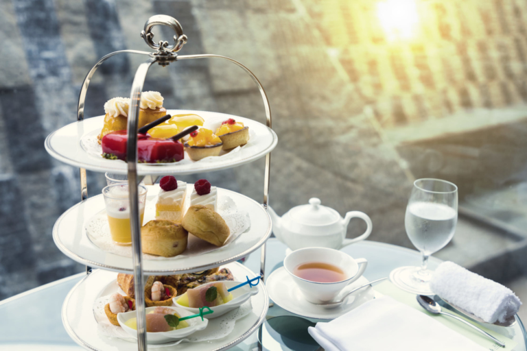 Những khách sạn tuyệt vời để thưởng thức trà chiều