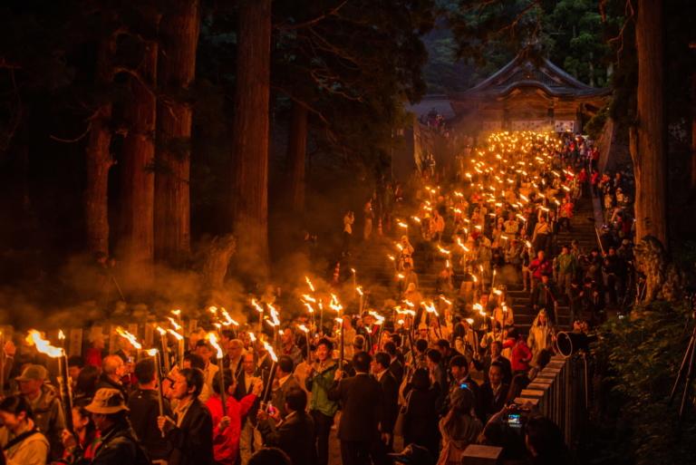 """Lễ hội Nhật Bản – """"Lễ mở núi Daisen Yamabiraki"""" đầu tháng 6 tại Tottori"""