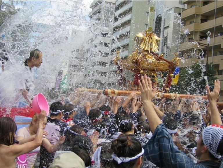 """Lễ hội Nhật Bản – """"Lễ hội Fukagawa"""" vào giữa tháng 8 tại Tokyo"""
