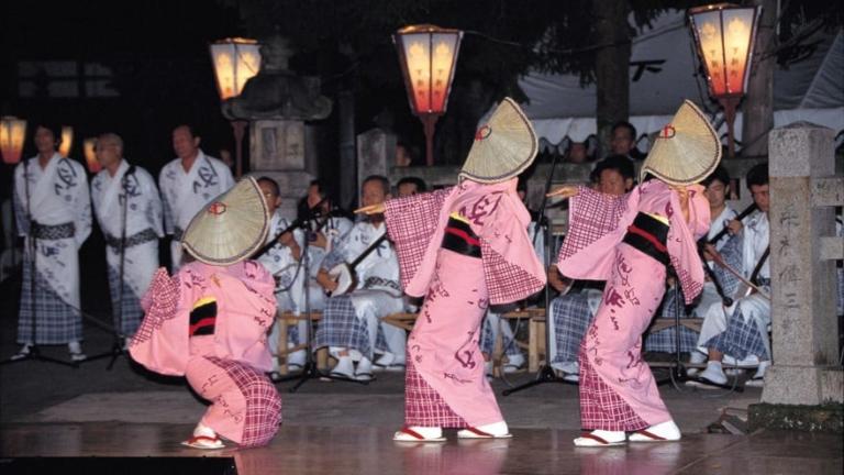 """Lễ hội Nhật Bản – """"Lễ hội Owara Kaze no Bon"""" đầu tháng 9 tại tỉnh Toyama"""