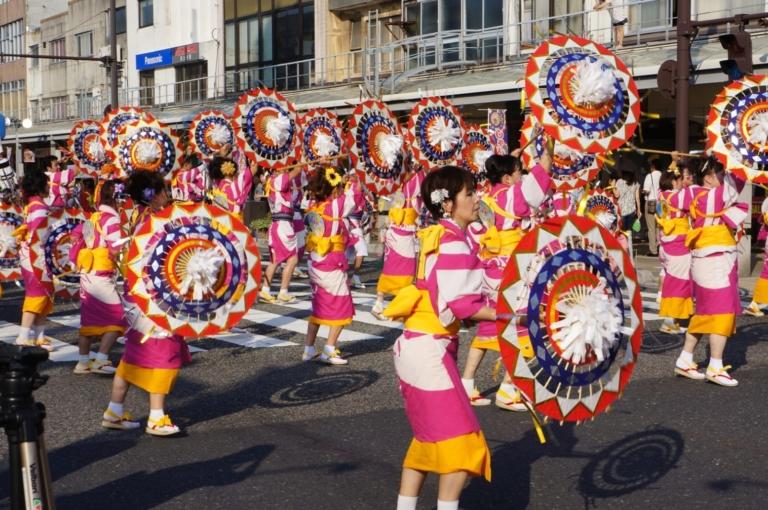"""Lễ hội Nhật Bản – """"Lễ hội Tottori Shan Shan"""" vào trung tuần tháng 8 tại tỉnh Tottori"""