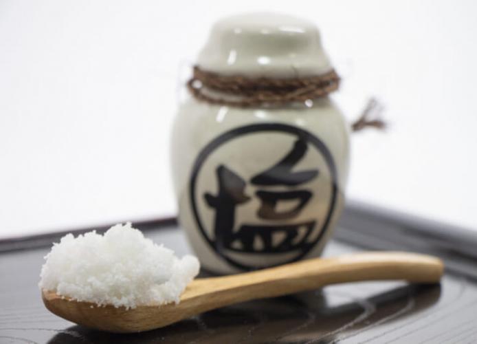 Người Ainu chỉ sử dụng muối cùng mỡ động vật để điều chỉnh mùi vị cho món ăn