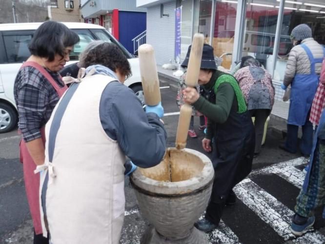 bảo quản tinh bột theo cách làm truyền thống Ainu