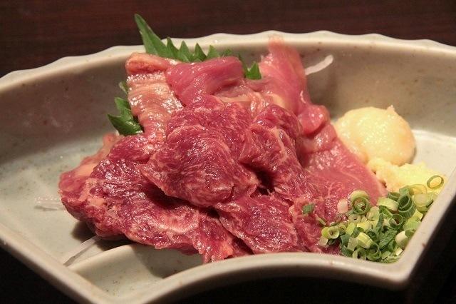 Sashimi thịt ngựa