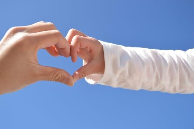 tạo trái tim bằng tay